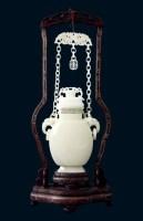 和田玉链瓶 -  - 美玉尚品---玉雕大师作品专场 - 大师荟萃 异彩纷呈—当代传统工艺大师优秀作品拍卖会 -中国收藏网