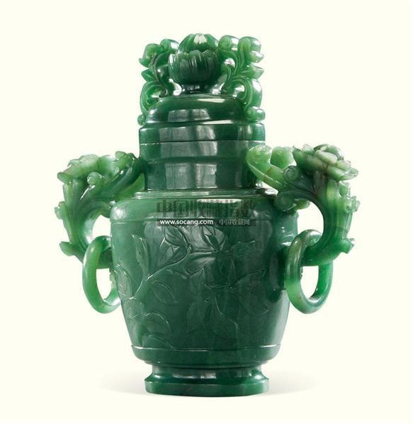 玉雕花卉瓶