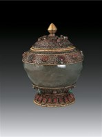 银鎏金嵌宝石水晶宝瓶 -  - 卧松斋藏传佛教珍品专题 - 2007春季拍卖会 -收藏网