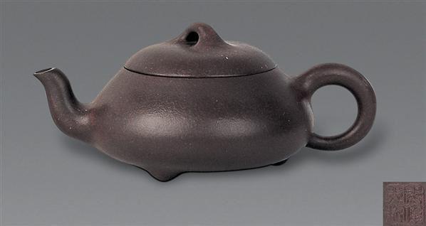 现代 紫砂三足石瓢壶 -  - 中国书画紫砂茗壶 - 2006年秋季拍卖会 -中国收藏网