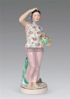 釉上彩瓷塑少女 -  - 瓷器及工艺品 - 2011春季拍卖会 -收藏网