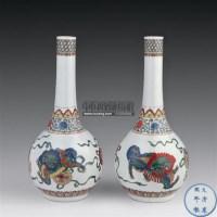 珐琅五彩狮纹锥把瓶 (一对) -  - 瓷器 玉器 杂项 - 2006年夏季拍卖会 -收藏网