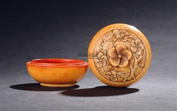象牙雕梅花纹印盒 - - 匠心雅趣—古代象牙雕刻专场 - 2011秋季艺术品