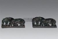 鄂尔多斯式虎食羊带钩 (两件) -  - 瓷器 玉器 工艺品 - 2008年夏季拍卖会 -收藏网
