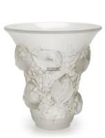 """勒内·拉利克 """"圣法兰西""""花瓶 -  - 装饰美术 - 2011秋季伊斯特香港拍卖会 -收藏网"""