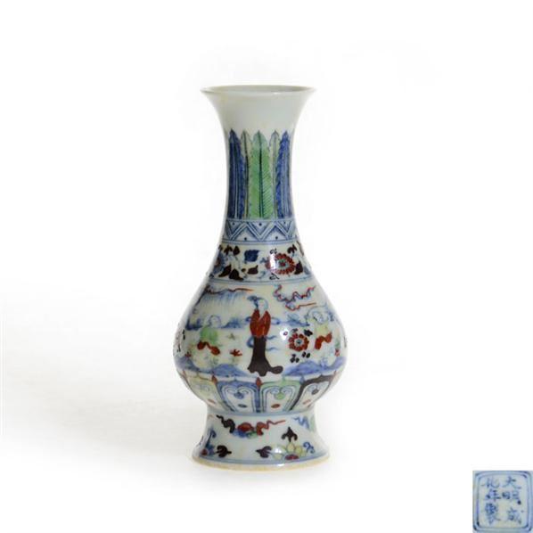 成化款斗彩人物故事瓶 -  - 古董珍玩 - 2013 年迎春大型艺术品拍卖会 -收藏网