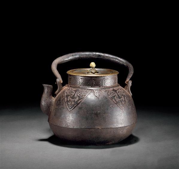 兽面纹铁壶 -  - 古董珍玩 - 2012春季艺术品拍卖会 -收藏网