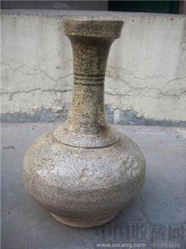 米黄釉长颈瓶-收藏网