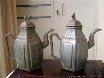 一对晚清六方瑞兽和雕花卉的铜胎锡酒壶 完整包浆好-收藏网