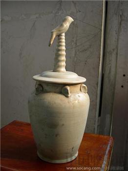 青白釉堆塑瓶-收藏网