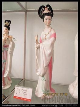 中国陶瓷艺术大师陈钟鸣(已故)八十年代作品《抒幽情》潮州老枫溪美术瓷 -收藏网