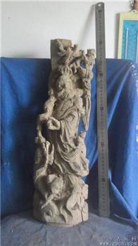 达摩木雕像,身边一条龙,龙眼木坚实厚重,重6斤,呈自然红色 -收藏网