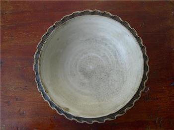 宋代酱釉花口碗-收藏网