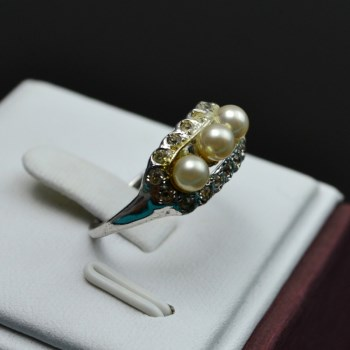 银镶珍珠戒指-收藏网