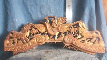 木雕狮子两只,还有一个仙女骑在仙鹤上,还有花 -收藏网