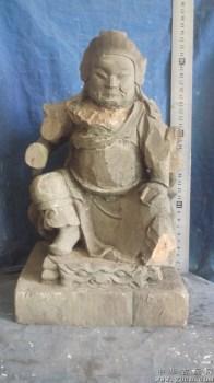 木雕武将,很大,有残缺,香樟木很香 -中国收藏网
