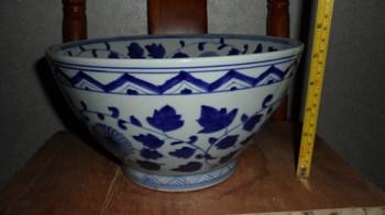 青花花卉大碗-收藏网