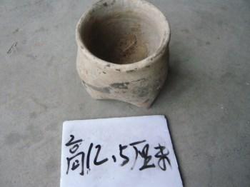 夏家店文化三足灰陶罐3 -收藏网