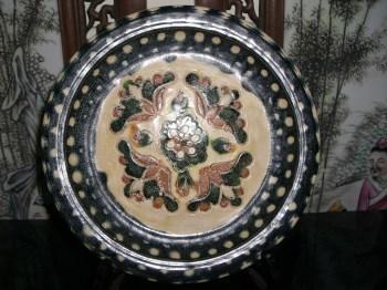 唐三彩蓝釉花卉盘-收藏网