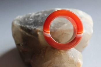 精美缠丝红玛瑙扳指3 -收藏网
