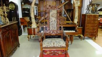 高脚椅-收藏网