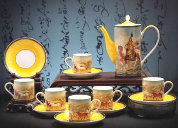 中国风--乾隆大悦图13头精品茶具-收藏网