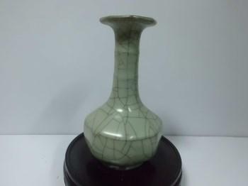 清早期官窑玄纹盘口瓶-收藏网