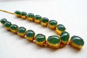晴水绿精美16颗大粒蛋面高档项链-中国收藏网
