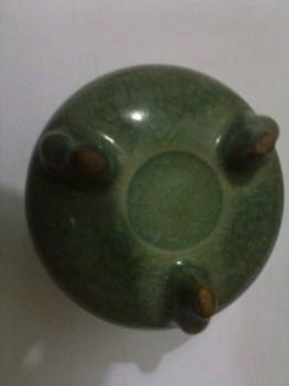 到代龙泉窑香炉-中国收藏网