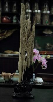 【香缘木艺】野生海南沉香黄油虫漏摆件 非常超值收藏-中国收藏网