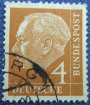 二战老邮票-收藏网