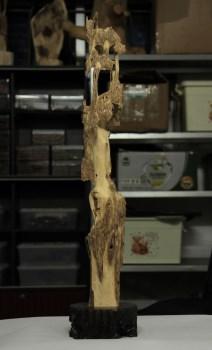 【香缘木艺】海南野生沉香虫漏<擎天柱>摆件-中国收藏网