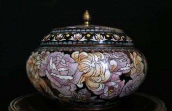 清晚-铜胎珐琅罐-收藏网