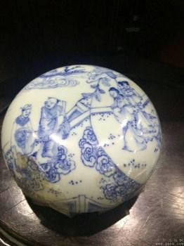 康熙仿图印泥盒化款青花人物园景-中国收藏网