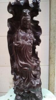 紫檀木雕荷叶观音 -中国收藏网