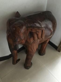 缅甸树根大象一对-中国收藏网