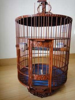40年孤品古董鸟笼(台湾)老师父手雕画眉鸟笼-收藏网