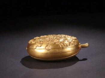 回流 铜鎏金 福瓜形花卉纹盖盒-收藏网