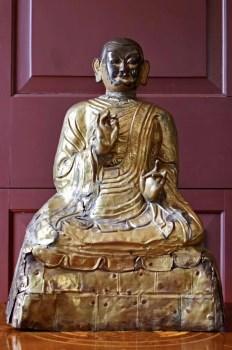 清 十八世纪铜鎏金垂叠上师坐像-收藏网