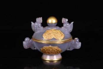 辽金 老玛瑙包银鎏金龙凤纹盖炉-收藏网