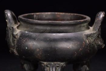明代:【老铜铸造狮钮香炉】-收藏网