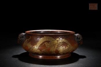 明 精铸铜胎鎏金云龙纹羊首耳炉-收藏网