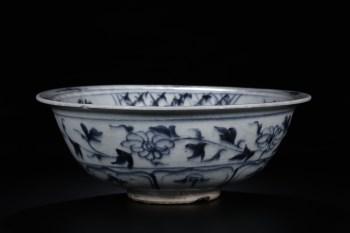 清早:青花花卉牛纹碗-收藏网