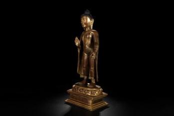 唐 精铸铜胎鎏金释迦牟尼佛立像 -收藏网