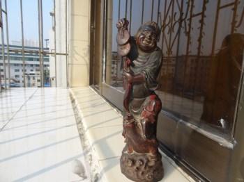 木雕刘海戏金蟾-收藏网
